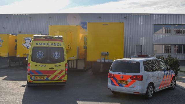 Vreemdeling aangetroffen in vrachtwagen in Alphen