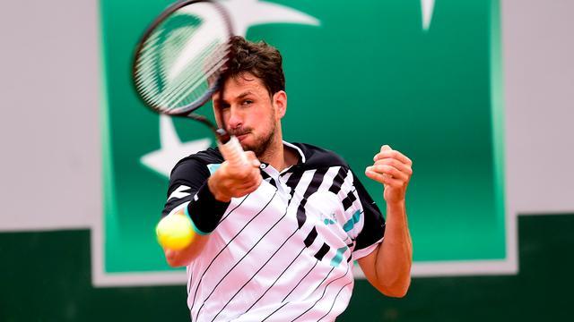 Uitgeschakelde Haase gefrustreerd door knieproblemen op Roland Garros