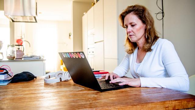 Vakbonden pleiten voor vergoeding voor thuiswerkers