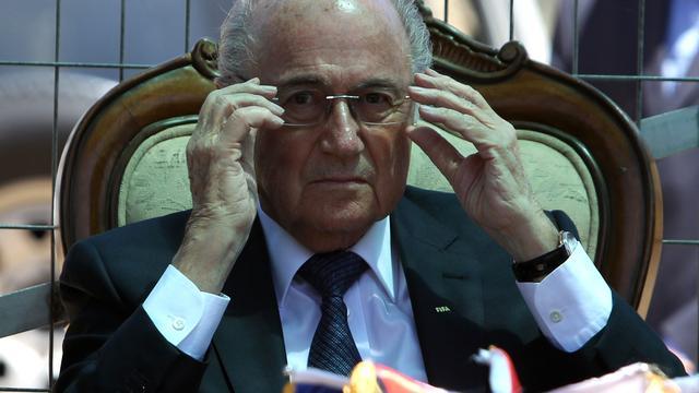 Beschuldigingen Figo laten FIFA-voorzitter Blatter koud