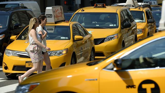 New York beperkt groei van taxidiensten zoals Uber en Lyft