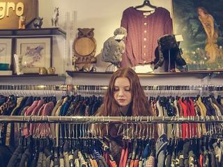 Shop een kilo kleren of proef Afrikaanse sferen