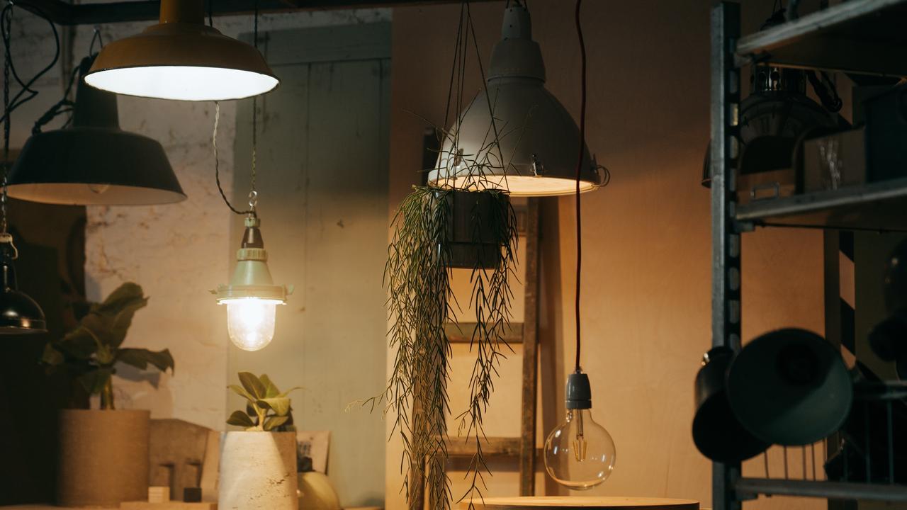 Meer licht in de woonkamer: 'Mensen hebben vaak te weinig lampen'