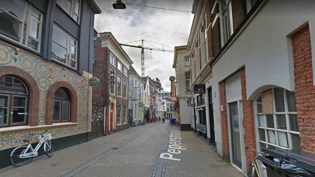 Politie publiceert beelden van verdachte steekincident aan Peperstraat