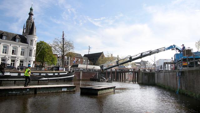 Bredase Haven zaterdag in teken van negende Lichtsloepenparade