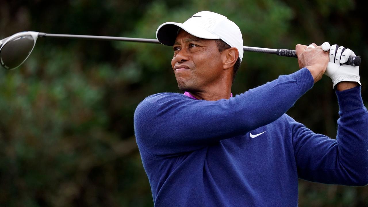 Tiger Woods zegt vol goede moed te beginnen aan herstel na zware autocrash - NU.nl