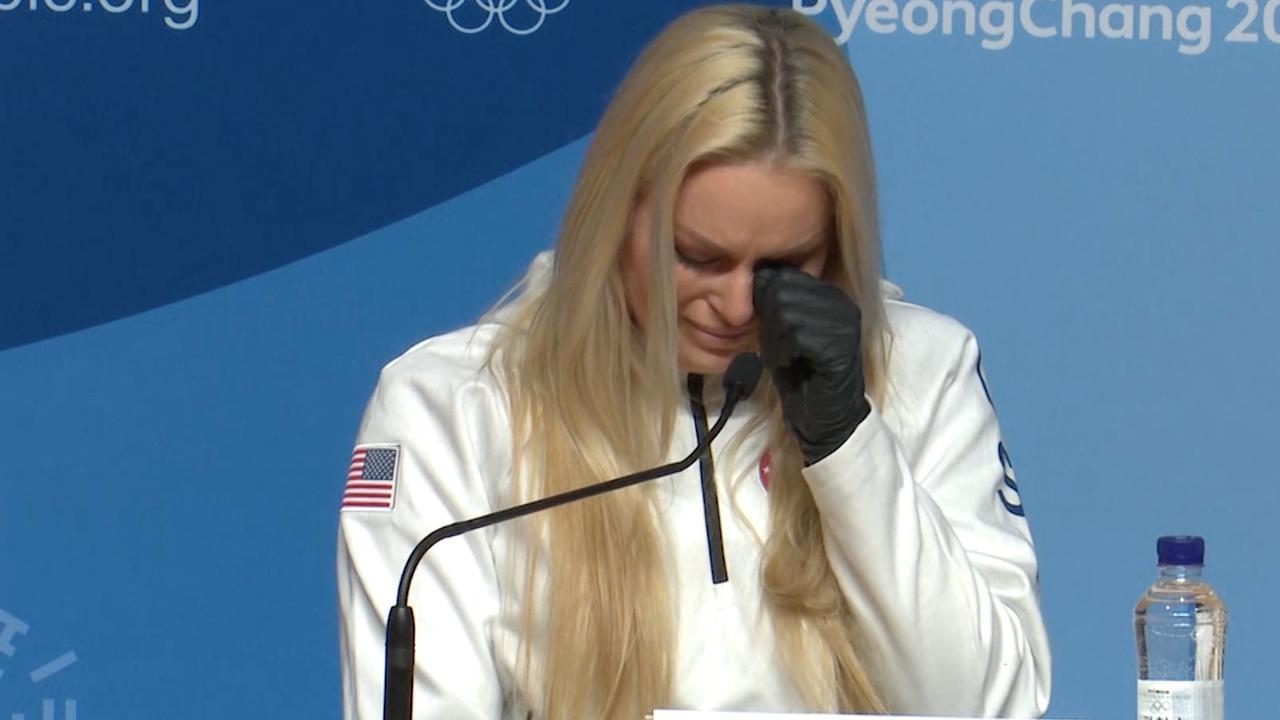 Lindsey Vonn barst in tranen uit op persconferentie