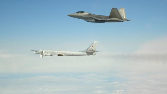 Amerikanen onderscheppen Russische nucleaire bommenwerpers bij Alaska
