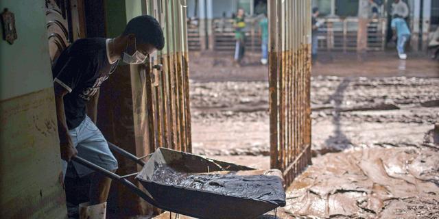 Nog 25 vermisten na damdoorbraak Brazilië
