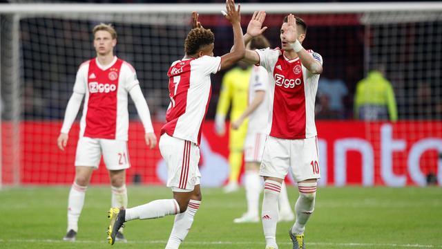 Mediaoverzicht: 'Imponerend Ajax heeft zich nóg meer op de kaart gezet'