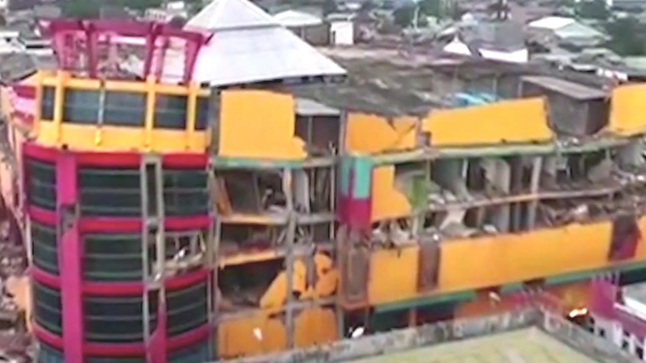Sulawesi getroffen door aardbevingen en tsunami: Een overzicht
