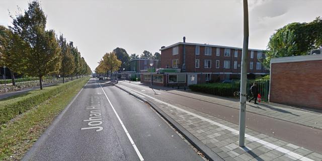 Automobilist vlucht na eenzijdig ongeval in Overtoomseveld