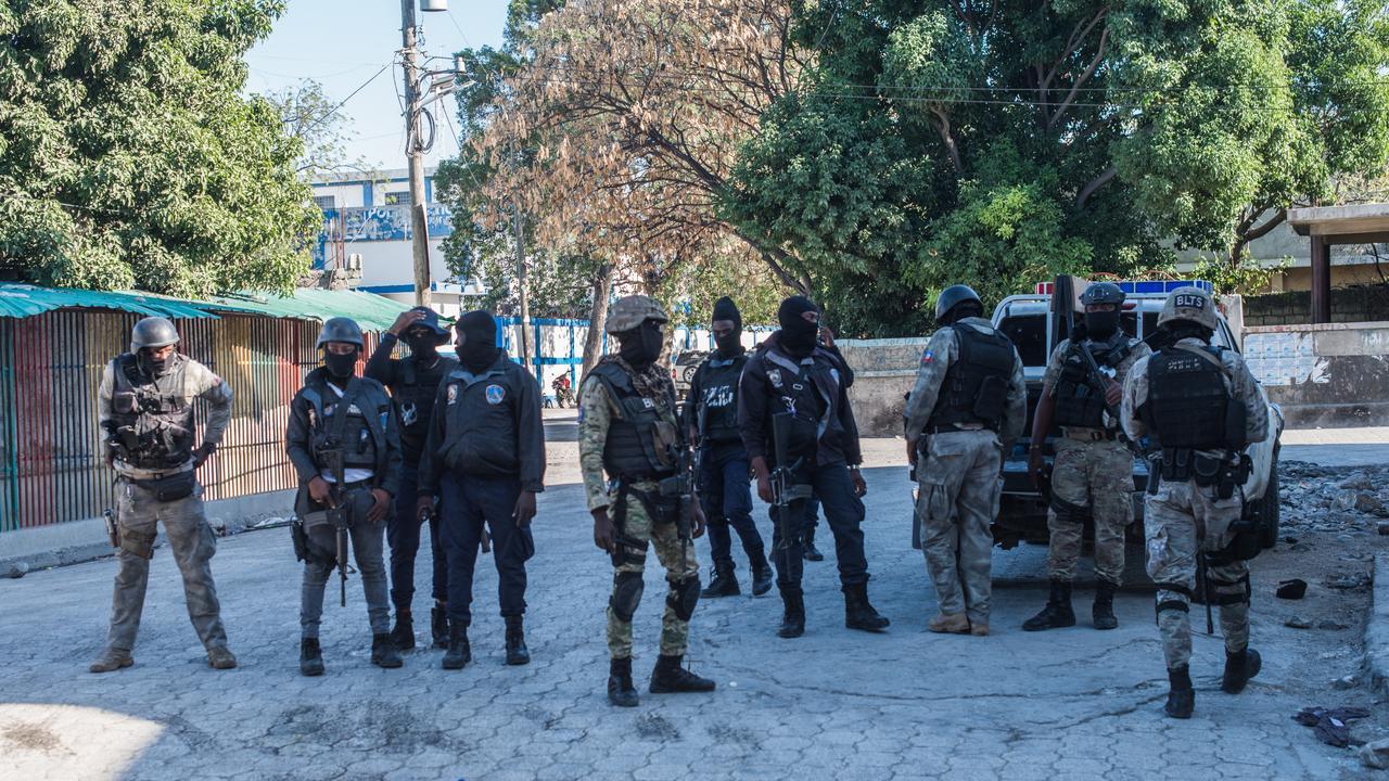 Zeker 25 doden bij gewelddadige gevangenisuitbraak in Haïti - NU.nl