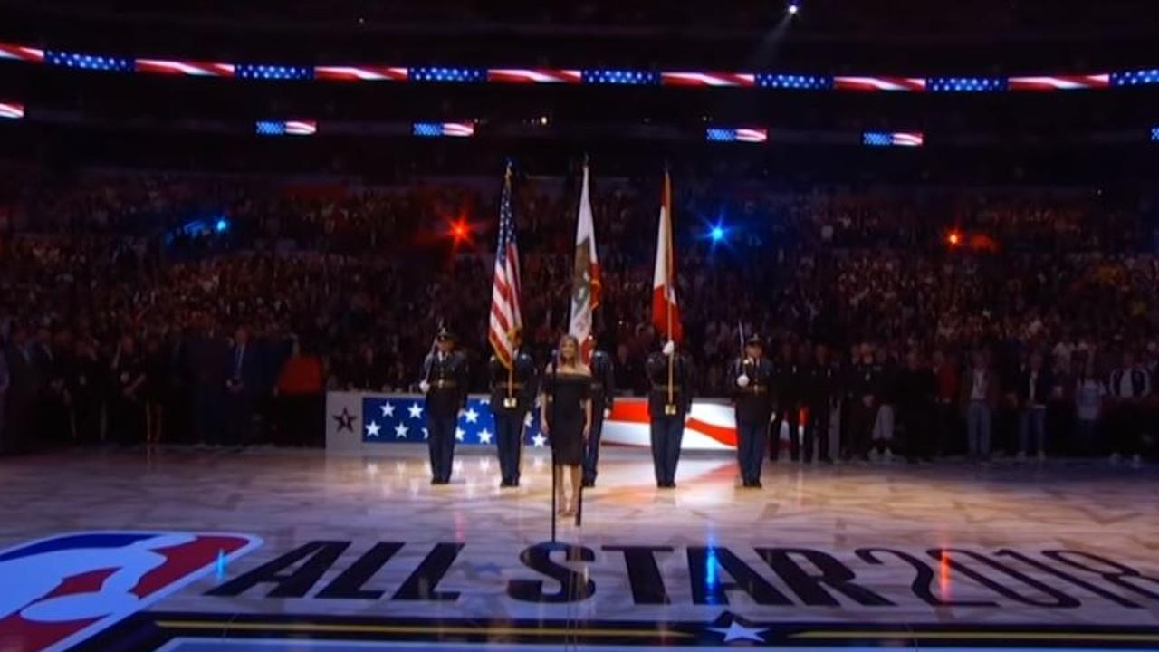 Fergie Performs The U.S. National Anthem / 2018 NBA All-Star Game