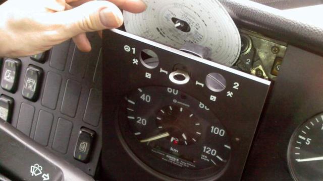 Openbaar Ministerie onderzoekt hacken van rijtijdsmeters in vrachtwagens