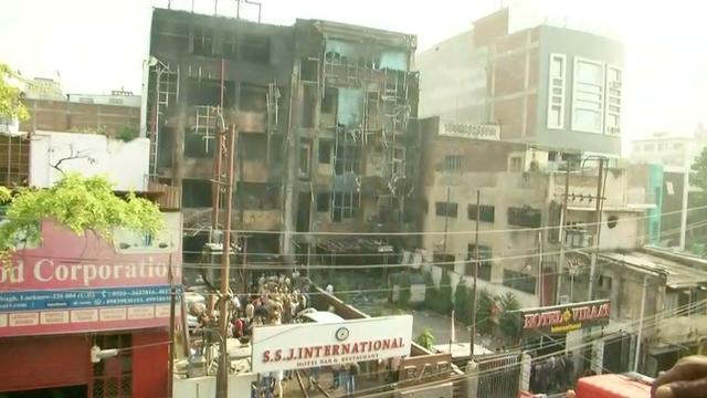 Vijf doden door hotelbrand in India