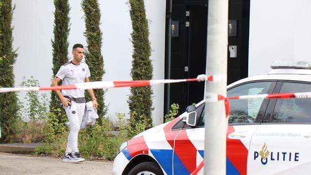 Eran Zahavi bij zijn huis in Buitenveldert.