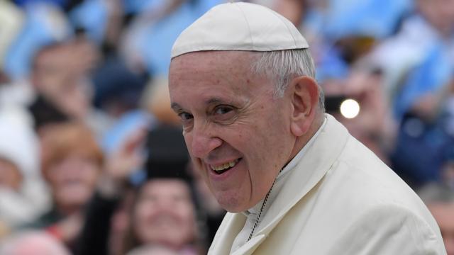 Paus wil overleg met bisschoppen over misbruik binnen Katholieke Kerk