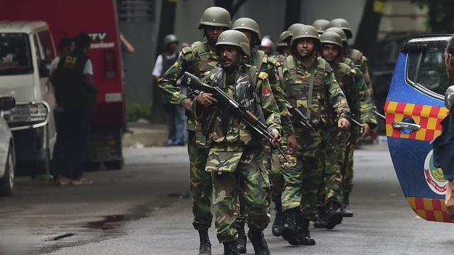 Politie jaagt op opdrachtgevers aanslag Dhaka