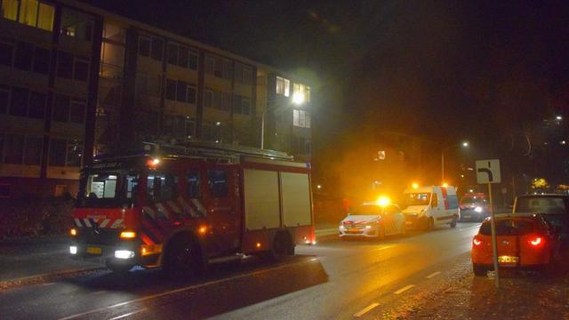 Bewoner flat Verdistraat onwel door gaslucht in portiek
