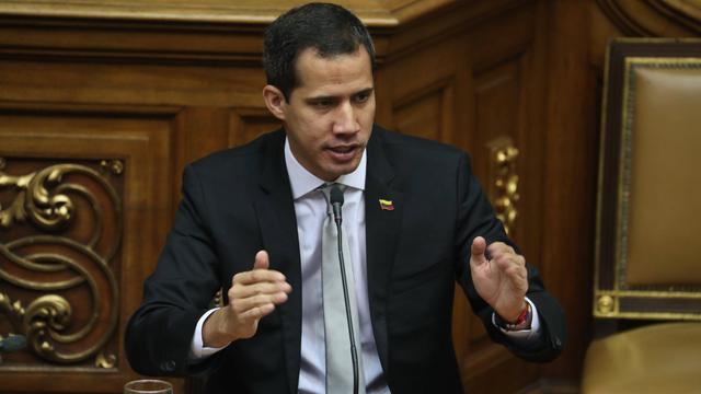 Venezolaanse justitie stelt strafrechtelijk onderzoek naar Guaidó in