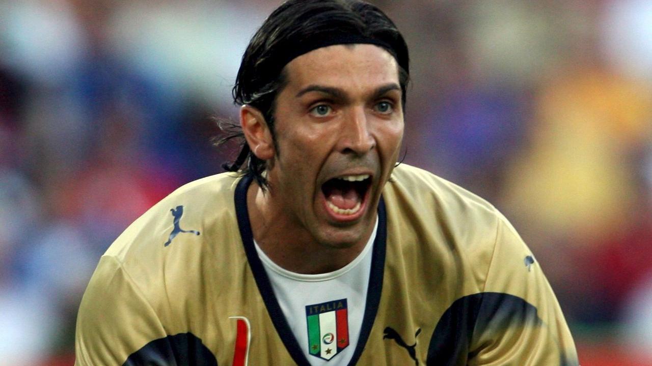 Buffon stopt bij Juventus: Zijn fraaiste reddingen