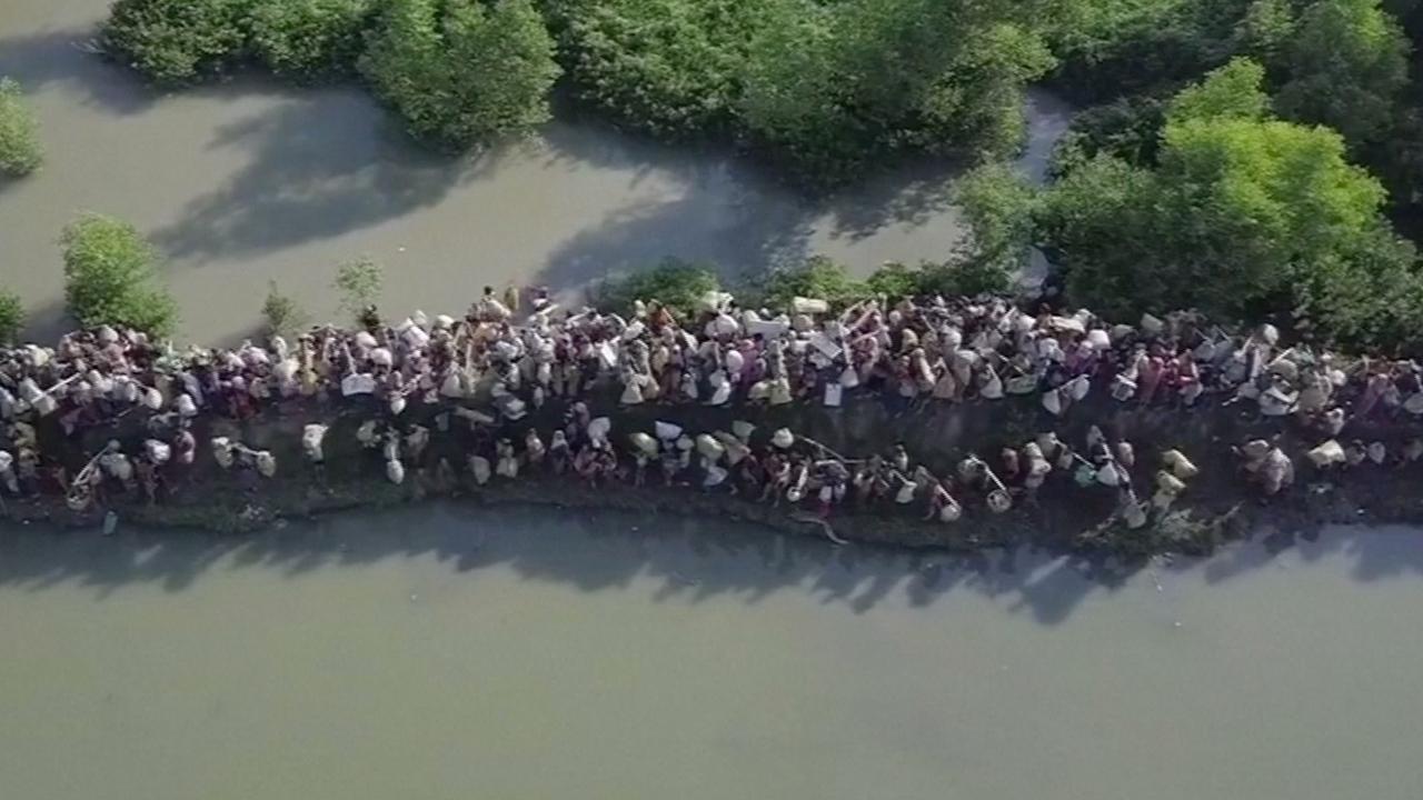 Dronebeelden tonen omvang Rohingya-vluchtelingenstroom