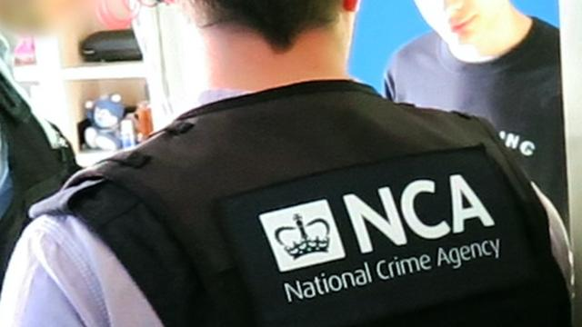 Britse politie doet grote drugsvondst in vrachtwagen vanuit Hoek van Holland