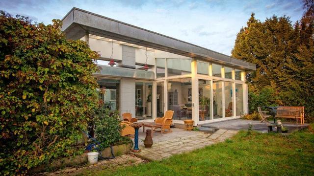 Architect Katrien Koppers renoveerde de gigantische patiowoning in Bunnik.