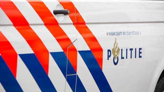 Politie houdt man aan voor betasting en beroving in Zuidoost