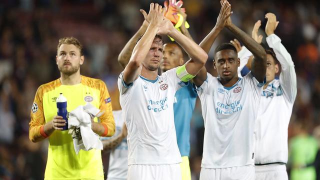 De Jong vindt ruime nederlaag van PSV bij Barcelona onnodig