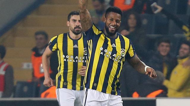 Fenerbahçe wint mede dankzij Lens, Van Rhijn scoort voor Brugge