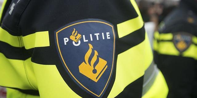 Amsterdamse agent (27) betrapt op seks met minderjarige prostituee