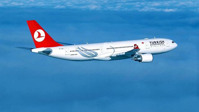 Weer bomdreiging in toestel Turkish Airlines