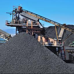 IEA roept op sneller te stoppen met kolen om klimaatdoelen te halen