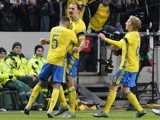 Ploeg van Ibrahimovic wint in Stockholm eerste duel met 2-1