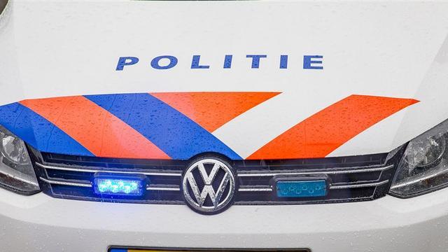 Man aangehouden na bedreiging met mes in park Transwijk