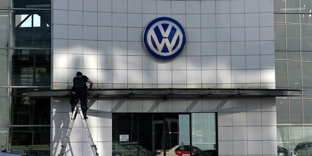 S&P verlaagt kredietstatus Volkswagen