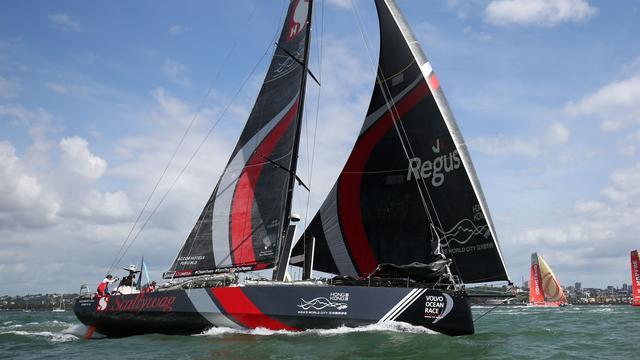 Aangeslagen Scallywag trekt zich terug uit zevende etappe Ocean Race