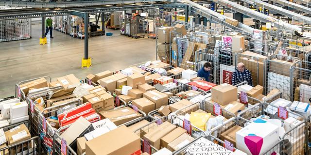 PostNL maakt zich op voor tsunami aan pakketjes rond feestdagen