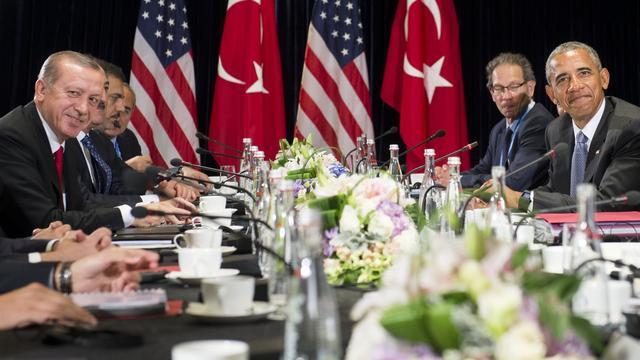 VS helpt Erdogan met vervolging coupplegers