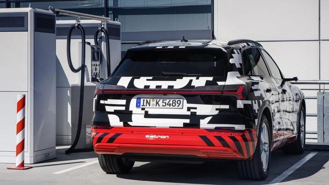 'Elektrische Audi e-tron komt meer dan 400 kilometer ver'