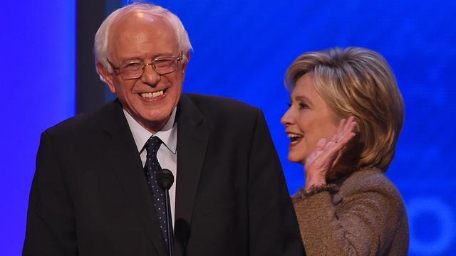 Democraat Sanders werft meer geld dan Clinton