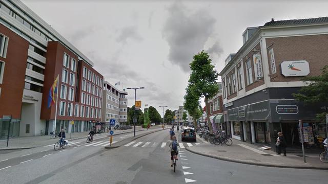 Vrouw raakt lichtgewond bij mishandeling op Houtplein