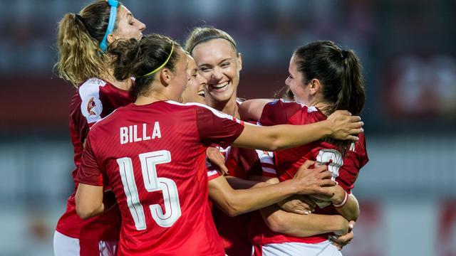 Oostenrijk en Frankrijk bereiken kwartfinales EK vrouwen