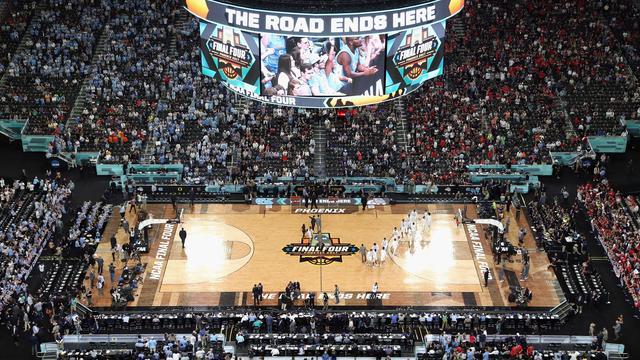 Basketbalinternational Alberts ziet Gonzaga collegefinale verliezen