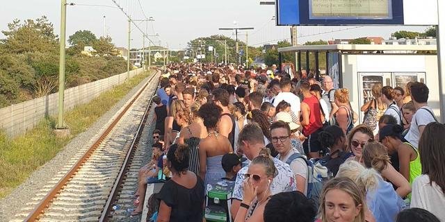 NS zet zondagavond extra treinen in tussen Haarlem en Zandvoort