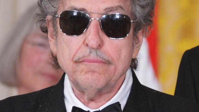 Bob Dylan niet aanwezig bij Nobelprijs-ceremonie in Witte Huis