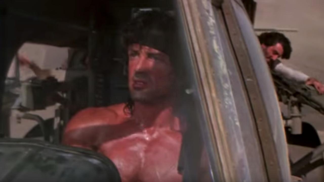 Bekijk de trailer van Rambo III