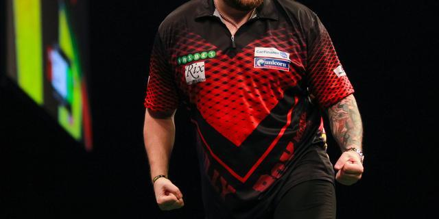 Smith bereikt ten koste van Humphries halve finales WK darts